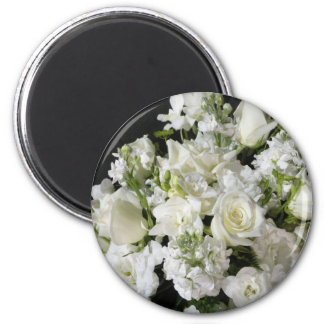 White Flower Bouquet 6 Cm Round Magnet