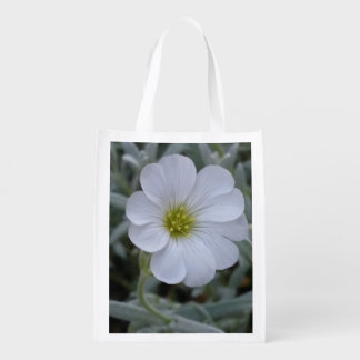 White flower grocery bags