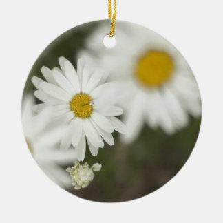 White Floweres Round Ceramic Decoration