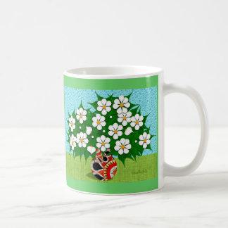 White Flowers & Vase Mug