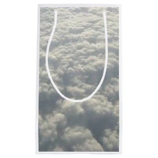 WHITE FLUFFY CLOUDS SMALL GIFT BAG