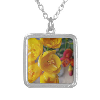 white freesia silver plated necklace