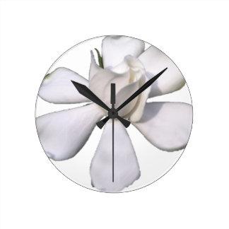 White Gardenia Bud 201711g Round Clock