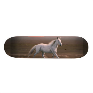 White horse 20.6 cm skateboard deck