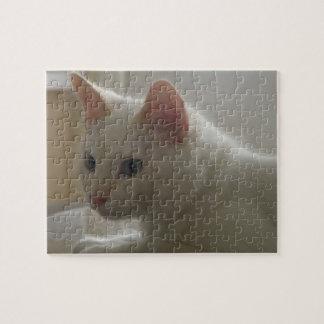 White Kitty Puzzle