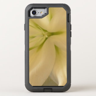 White Lillum Flowe Apple iPhone 7 Defender Series