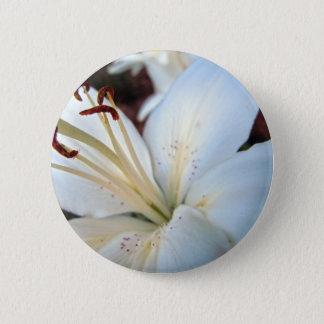 white lily pretty 6 cm round badge