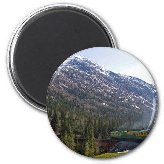 White Pass 38 6 Cm Round Magnet