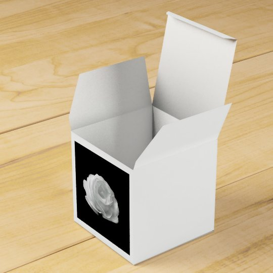 White Rose Favour Box