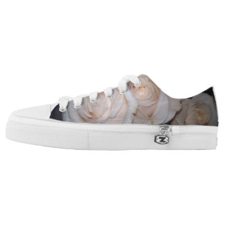 WHITE ROSES LOW TOPS