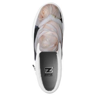 WHITE ROSES SLIP ON SHOES