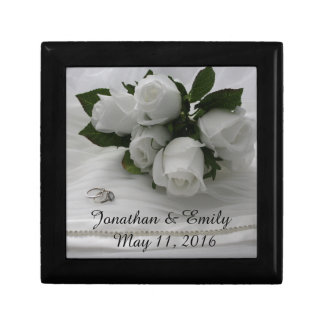 White roses small square gift box