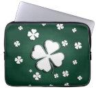 White shamrocks on green background Laptop Sleeve
