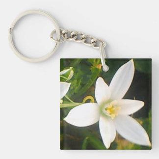 White Spring Bloom Keychain