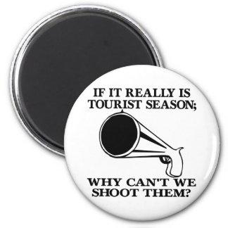 White Tourist Season Shoot Them 6 Cm Round Magnet