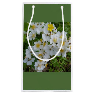 White Wildflower Floral Themed Gift Bag Small Gift Bag