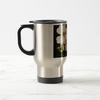White Wildflower Stainless Steel 15 oz Travel Mug