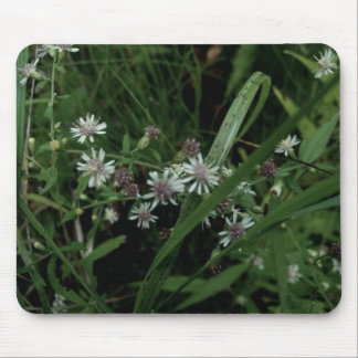 White Wildflowers Mouse Pad