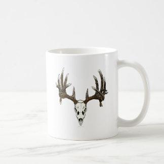 Whitetail deer skull 1 mugs