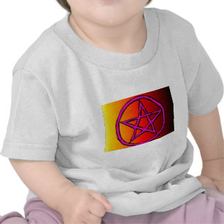 Wiccan Star Red Tee Shirts