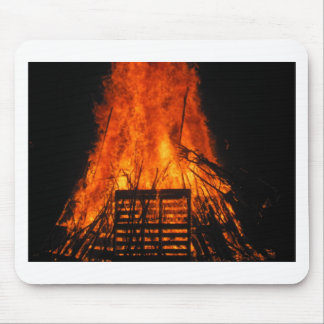 Wicker fire mouse pad