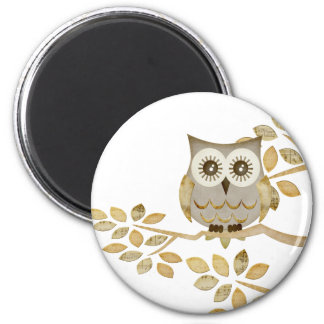Wide Eyes Owl in Tree 6 Cm Round Magnet