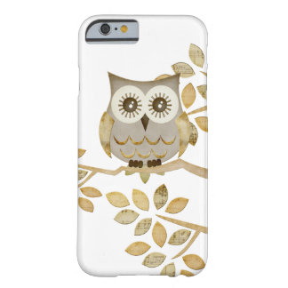 Wide Eyes Owl in Tree iPhone 6 Case