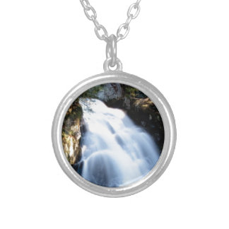 widening waterfalls silver plated necklace