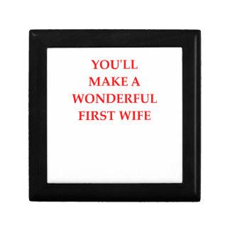 WIFE GIFT BOX