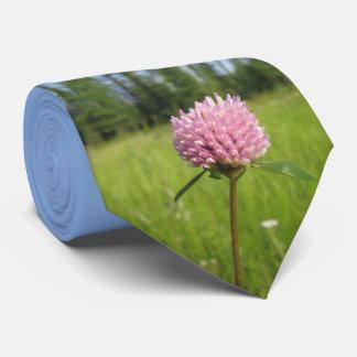 Wild clover tie