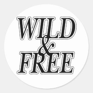 Wild&free Round Sticker