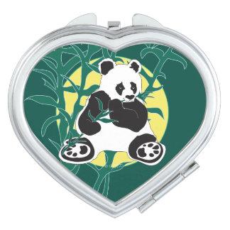 WILD LIFE BEAR  compact mirror Heart