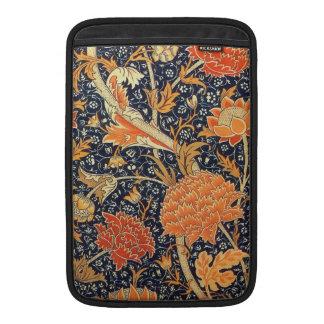 William Morris Cray Floral Art Nouveau Pattern MacBook Sleeve