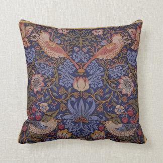 "William Morris Vintage ""Strawberry Thief"" Cushion"