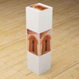 WINDOW OF GOTHIC  STYLE   WINE GIFT BOX