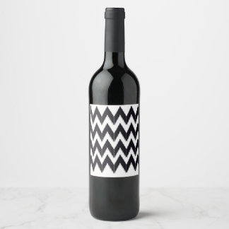 Wine label zig zag lines blackwhite
