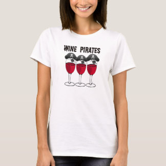 WINE PIRATES RED WINE GLASSES AND PIRATE PRINT T-Shirt