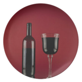 Wine red glass bottle plate