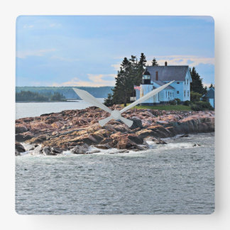 Winter Harbor Lighthouse, Maine Clock