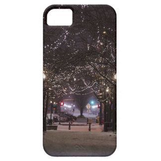 Winter Journey iPhone 5 Cover