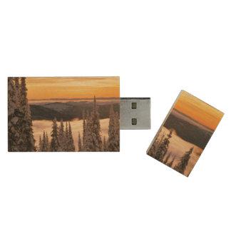 Winter sunset wood USB 2.0 flash drive