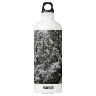 Winter Wonderland Pine Tree with Snow Fall SIGG Traveller 1.0L Water Bottle