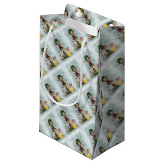 winters green small gift bag