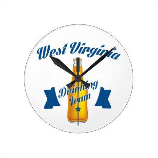 Wisconsin Drinking team Round Clock