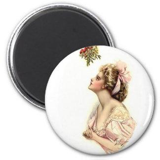 Wishing Under the Mistletoe 6 Cm Round Magnet
