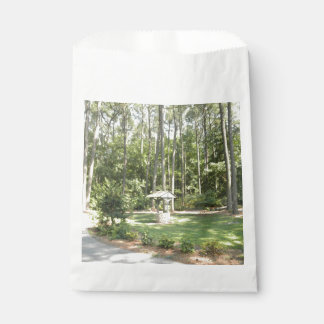 Wishing Well In The Park Favour Bag
