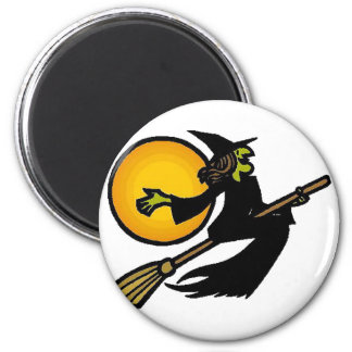 Witch Flies By Moon 6 Cm Round Magnet