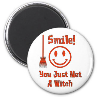 Witch Smile 6 Cm Round Magnet