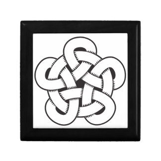 wodcut style quintuple knot gift box