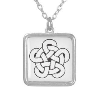 wodcut style quintuple knot silver plated necklace